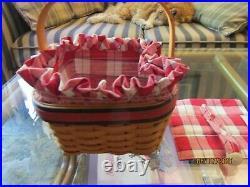 Beautiful LONGABERGER Large Picnic Basket Set Hand woven in USA