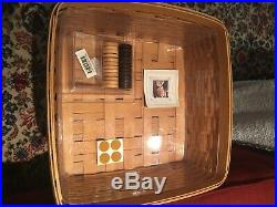 Longaberger 2001 Fathers Day Checkerboard Basket Set with Prot, Lid & Checkers