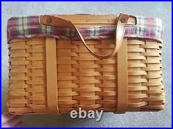 Longaberger 2001 Hostess Medium Wash Day Basket withLiner and Protector Set