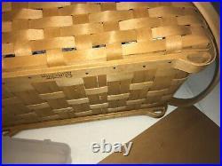 Longaberger 2004 Hostess Only Blue Ribbon Crafting Basket Set. Beautiful cond