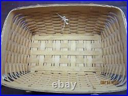 Longaberger Classic Hostess Treasure Basket Set with Lid