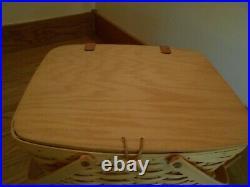 Longaberger Large Picnic Basket Set beautiful lid prot riser shipping included